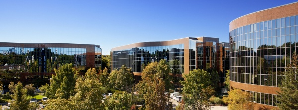 Yonge Corporate Centre (photo from Yonge Corporate Centre)
