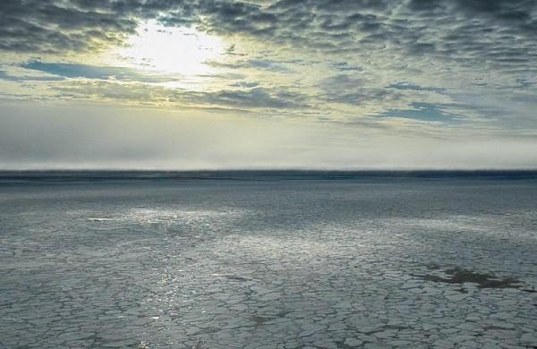 Sea ice in the Arctic (photo courtesy Univeersity of Washington)