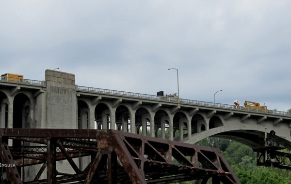 Westinghouse Bridge with PennDOT bucket truck about to look for peregrines' nest (photo by John English)