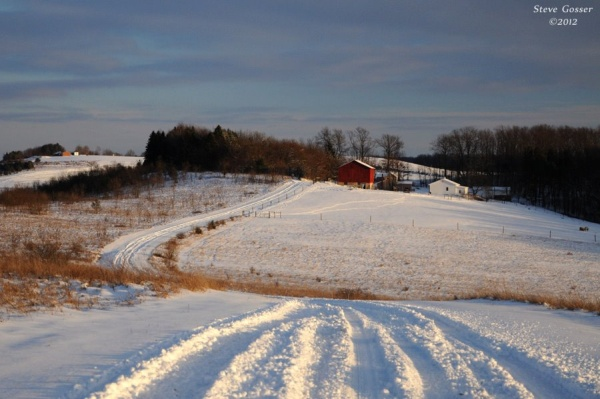 Snowy winter scene in western Pennsylvania (photo by Steve Gosser)