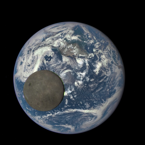 NASA's EPIC camera captures the dark side of the moon as it travels between Earth and the DSCOVR satellite, Aug 2015 (animation from NASA)