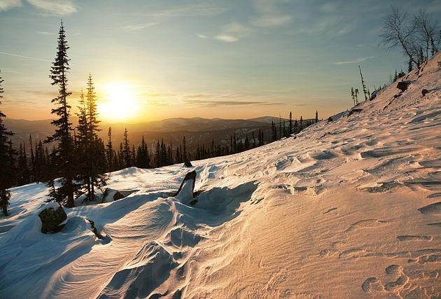 Winter sunset at Kuznetsk Alatau, South Siberia (photo from Wikimedia Commons)