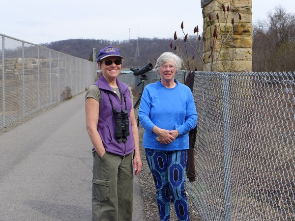 Eaglestreamer and LFL at the Hays bald eagle viewing site, 25 March 2017 (photo by Kate St. John)