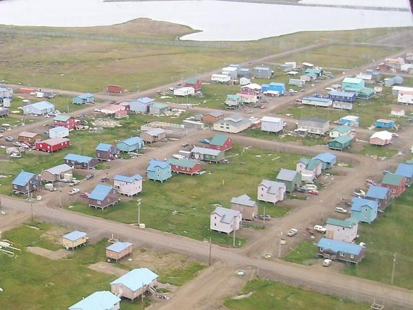 Barrow, Alaska as seen from the air, Aug 2007 (photo from Wikimedia Commons)